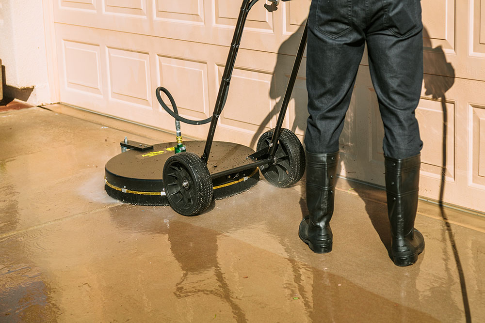 concrete-cleaner-commercial-window-washing-mesa